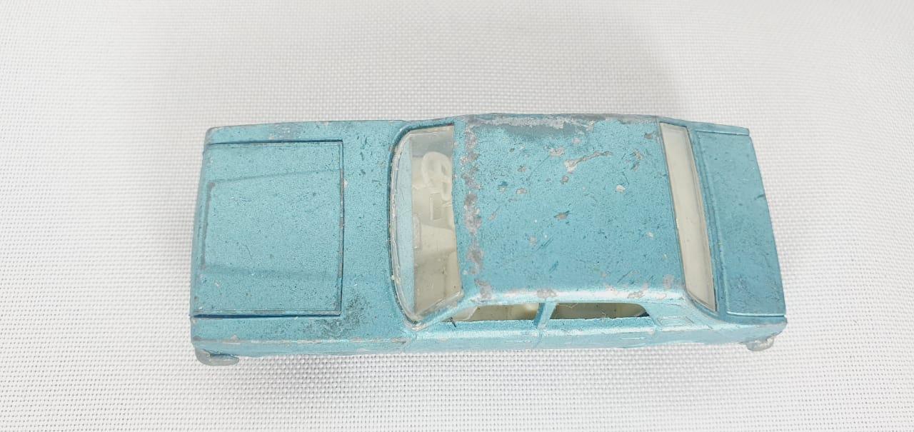 Miniatura Ford Zodiac MK IV N°53 1/64 Matchbox Década 60