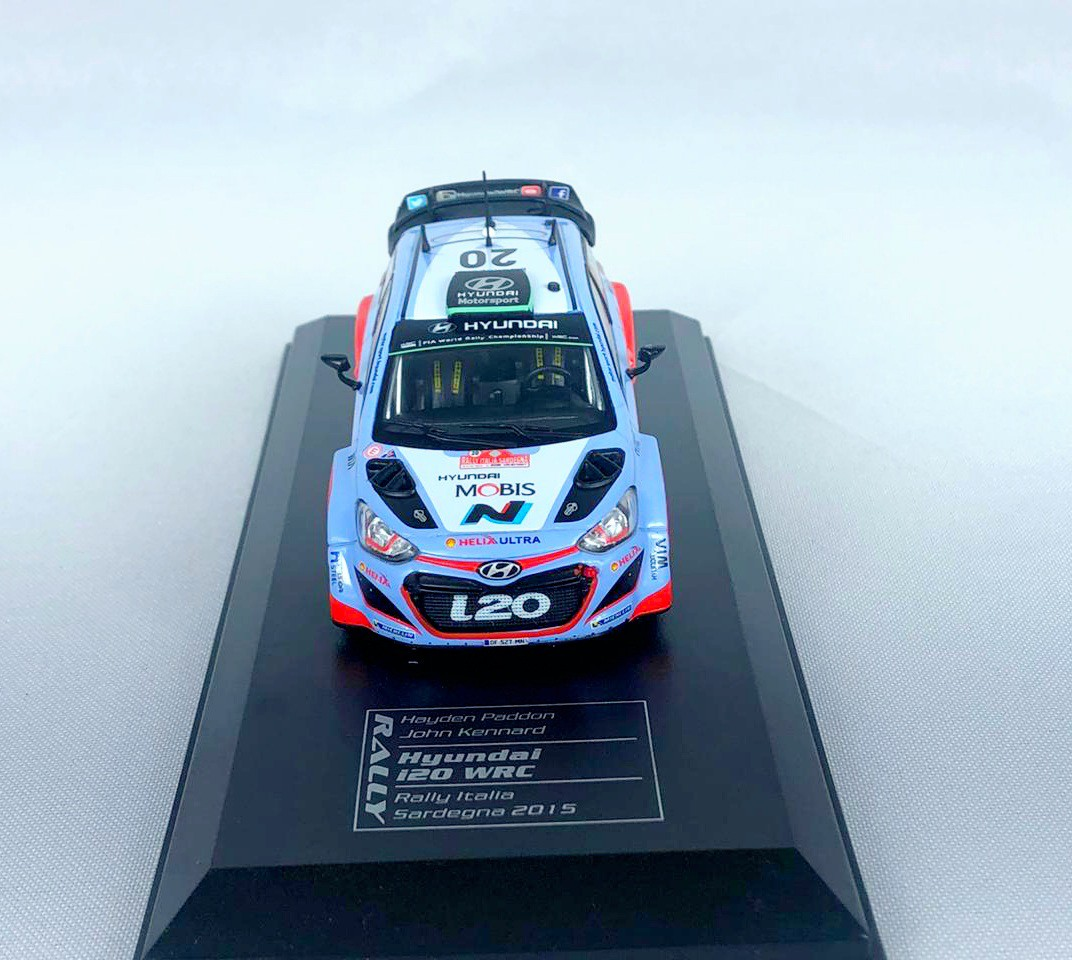 Miniatura Hyundai i20 WRC Rally Italia 2015 1/43 Ixo