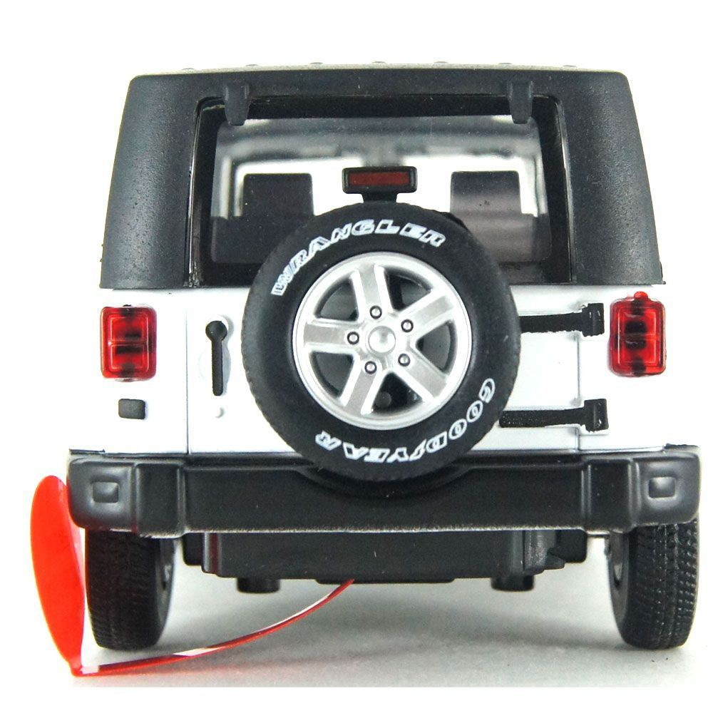 Miniatura Jeep Wrangler Luz e Som 1/32 California Action