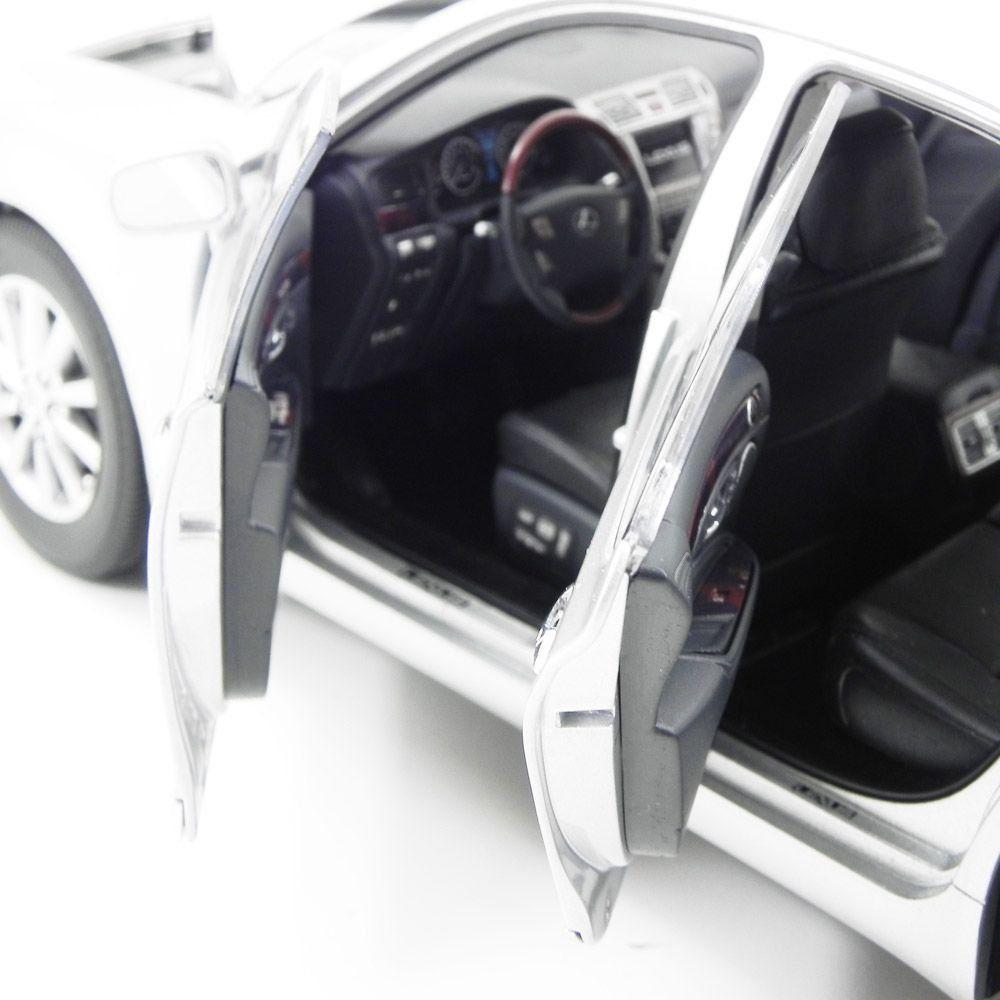 Miniatura Lexus LS460 Premium 2010 1/18 Norev