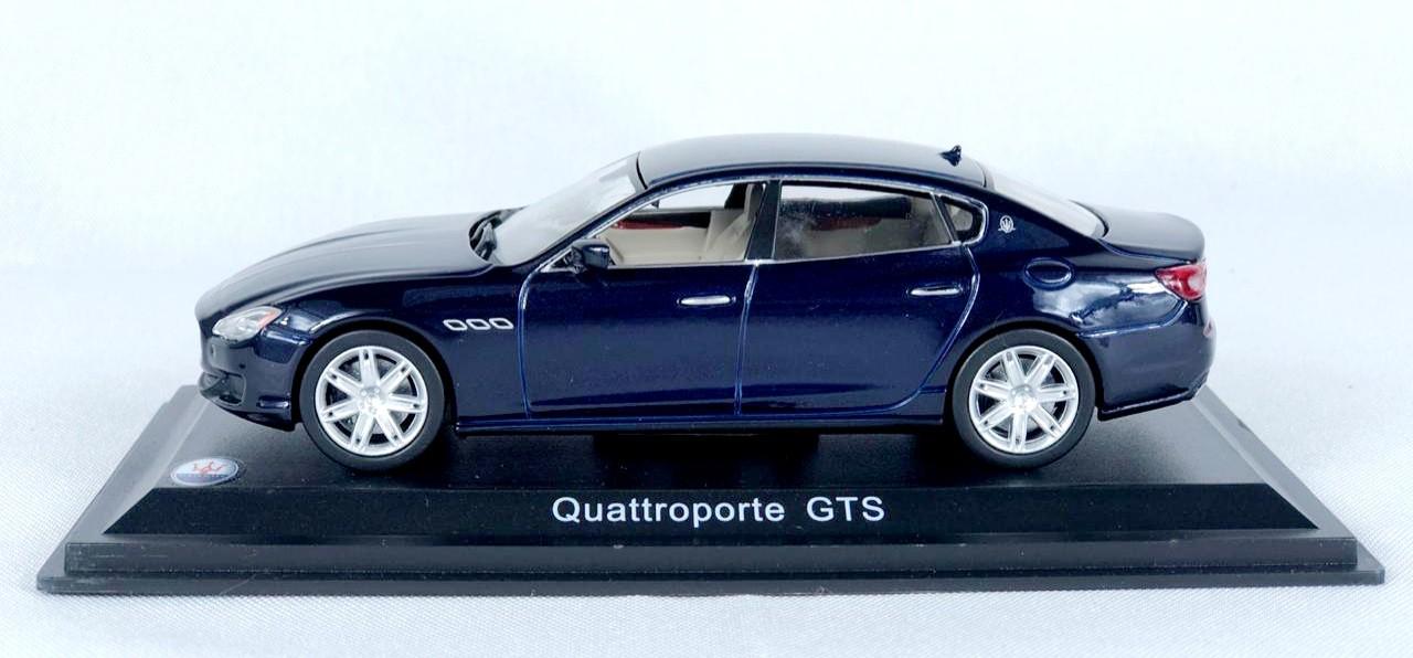Miniatura Maserati Quattroporte 1/43 Whitebox