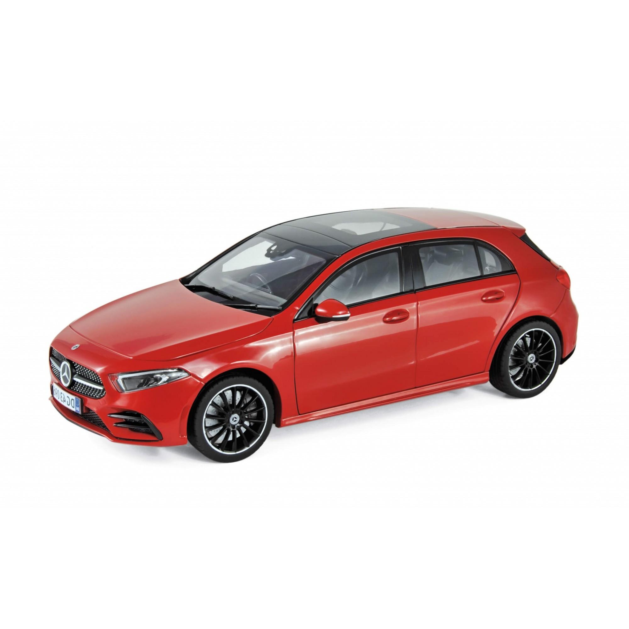 Miniatura Mercedes-Benz A-Class 2018 1/18 Norev