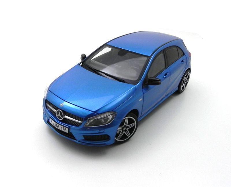 Miniatura Mercedes Benz Classe A Sport 2012 1/18 Norev