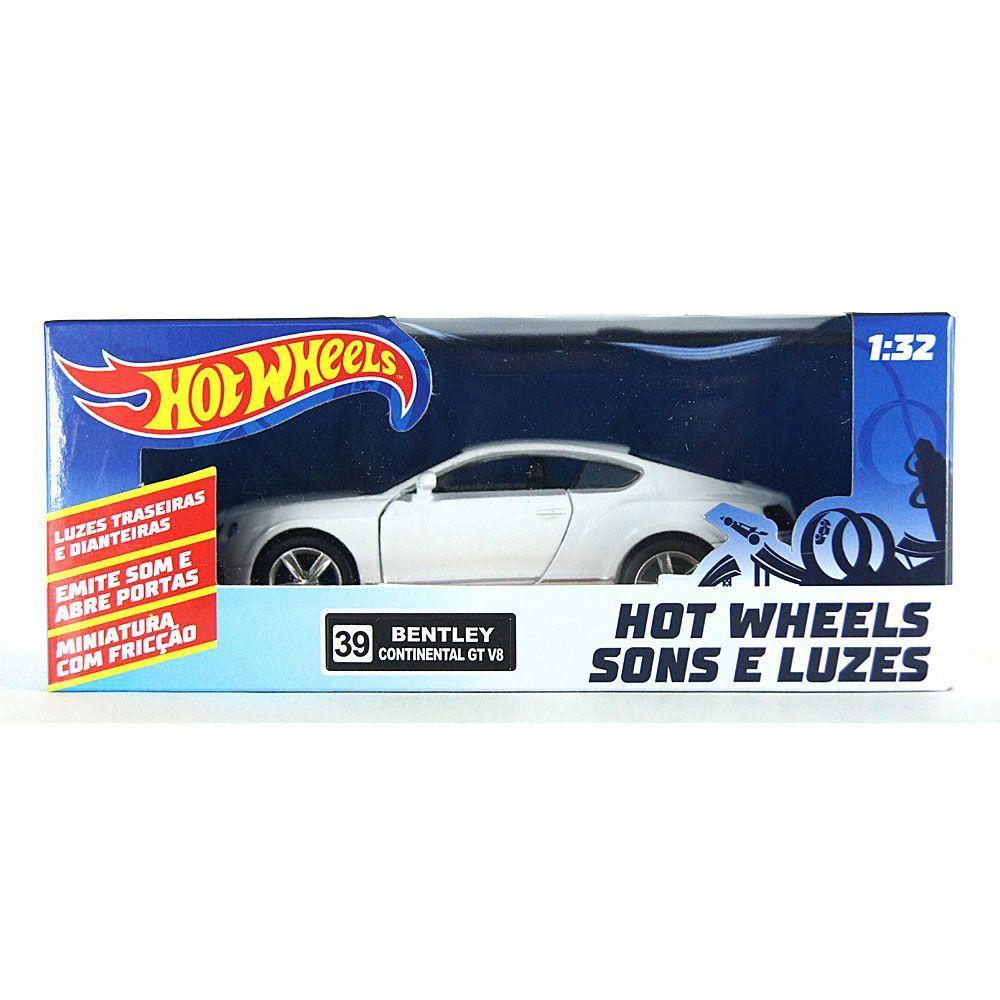 Miniatura Mercedes-Benz E 63 Luz e Som 1/32 Hot Wheels