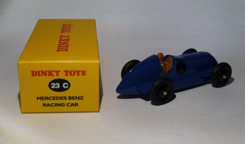 Miniatura Mercedes Benz Racing Car 1/43 Dinky Toys