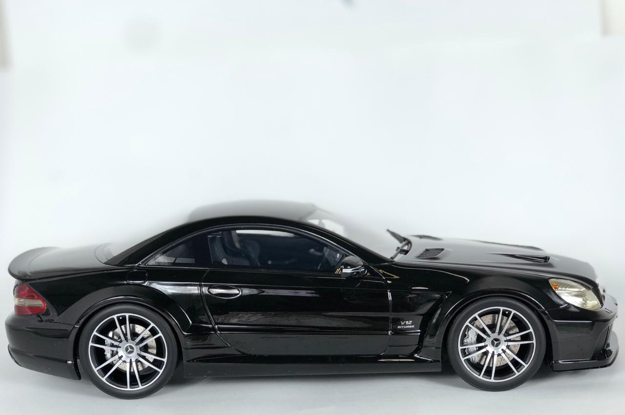 Miniatura Mercedes Benz SL65 AMG Black Series 1/12 Premium Classixxs