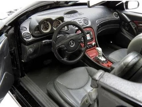 Miniatura Mercedes Benz SLS 500 1/18 Motor Max