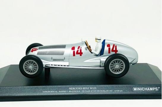 Miniatura Mercedes Benz W125 #14 Manfred 2nd Place Von Deutschland 1937 1/18 Minichamps