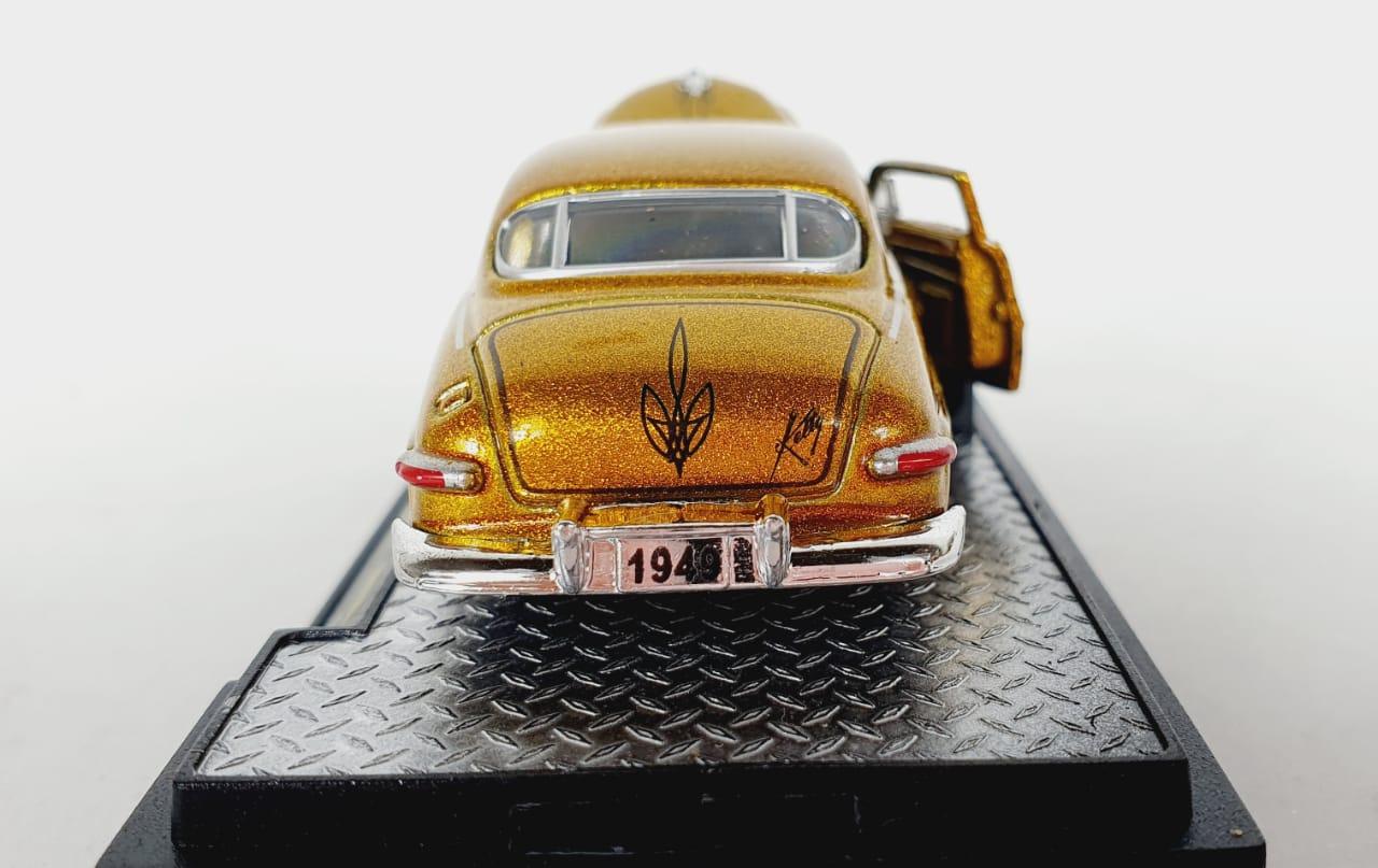Miniatura Mercury 1949 Custom 1/64 M2