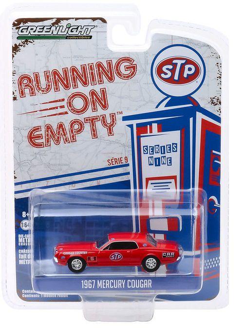 Miniatura Mercury Cougar 1967 STP Running on Empty 1/64 Greenlight