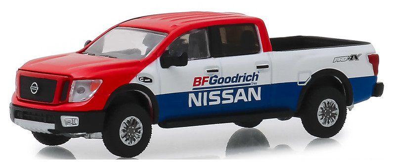 Miniatura Nissan Titan XD Pro-4X 2018 BFGoodrich 1/64 Greenlight