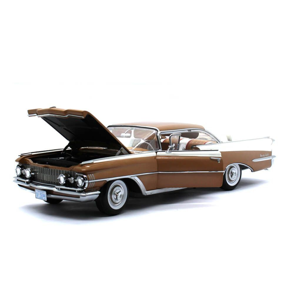 Miniatura Oldsmobile 98 Hard Top 1959 1/18 Sun Star The Platinum Collection