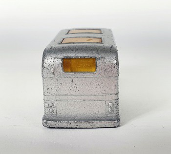 Miniatura Ônibus Coach Greyhound N°66 1/64 Matchbox