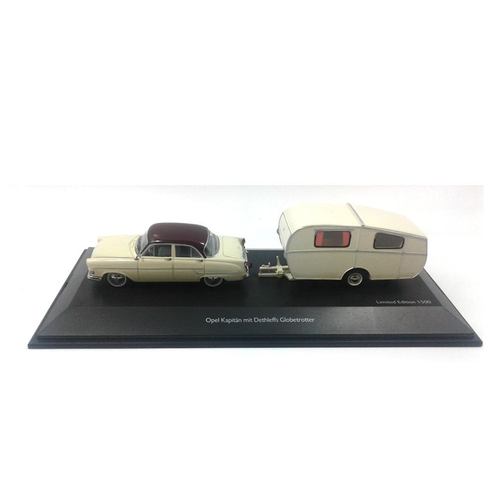 Miniatura Opel Kapitän mit Anhänger Trailer 1/43 Schuco