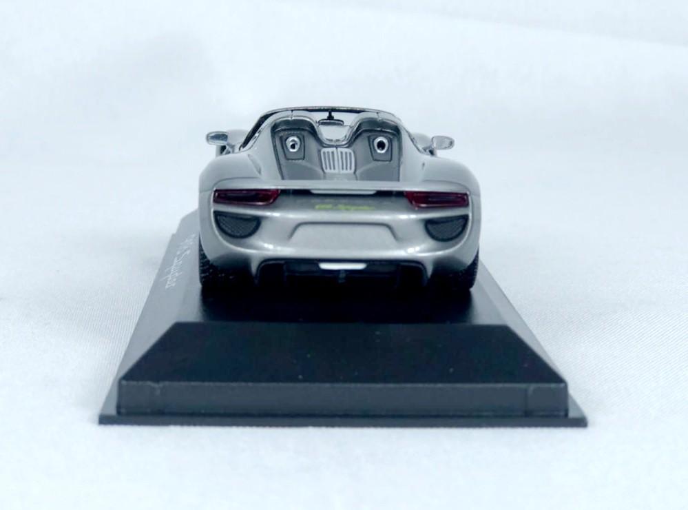 Miniatura Porsche 918 Spyder 1/43 Minichamps