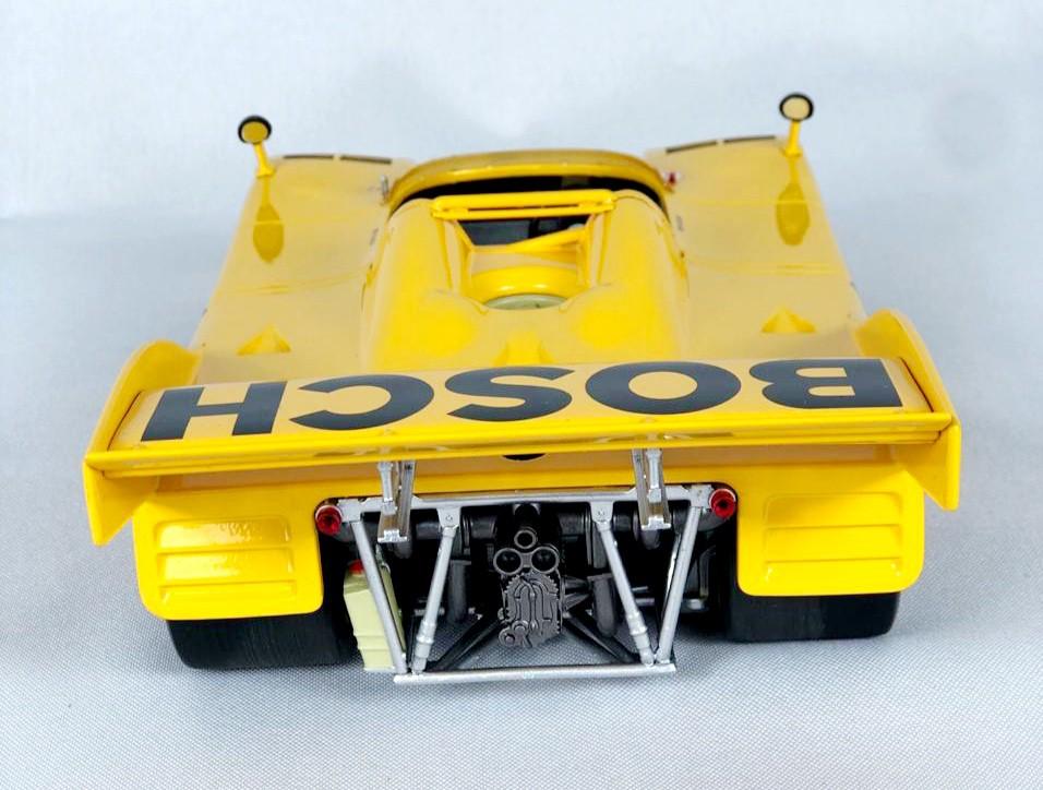 Miniatura Porsche 917 /10 1973 Bosch-Kauhsen Team 1/18 Minichamps