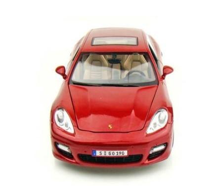 Miniatura  Porsche Panamera Turbo 1/18 Maisto