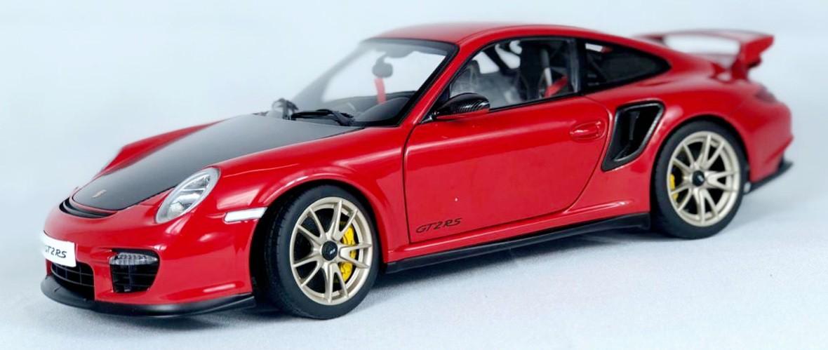 Miniatura Porsche 911 (997) GT2 RS 1/18 Auto Art