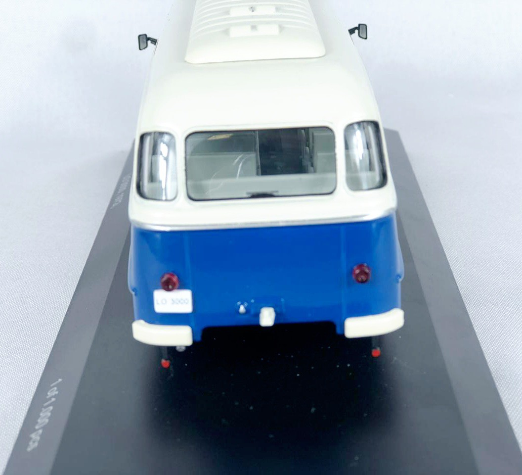 Miniatura Robur LO 3000 1/43 Whitebox