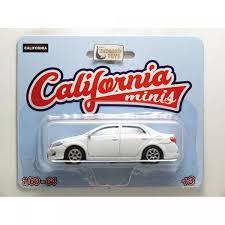 Miniatura Toyota Corolla 1/64 California Minis