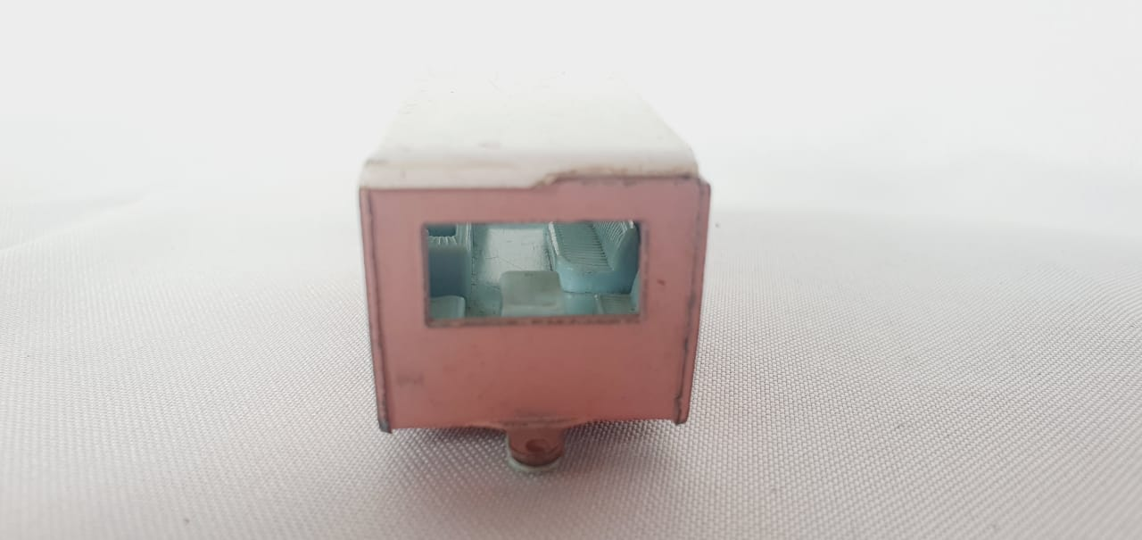 Miniatura Trailer Caravan N°23 1/64 Matchbox Década 60