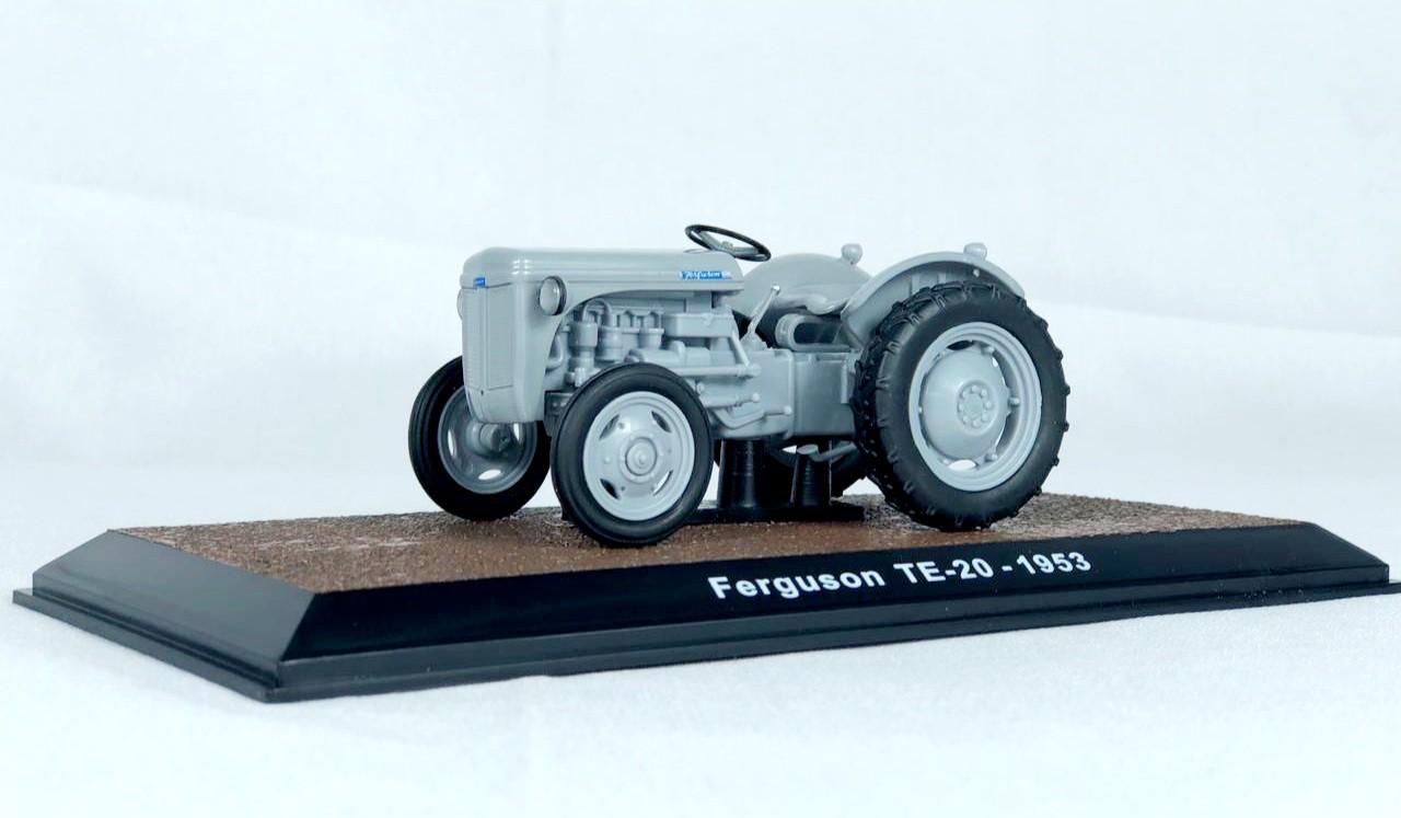 Miniatura Trator Ferguson 1/43 Ixo