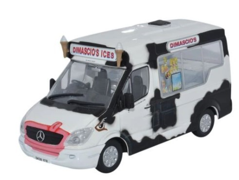 Miniatura Van Dimacios Ice Cream Whitby Mondial 1/43 Oxford