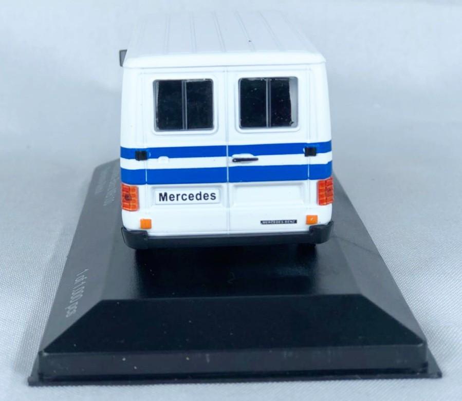 Miniatura Van Mercedes Benz Serviço 1/43 Whitebox