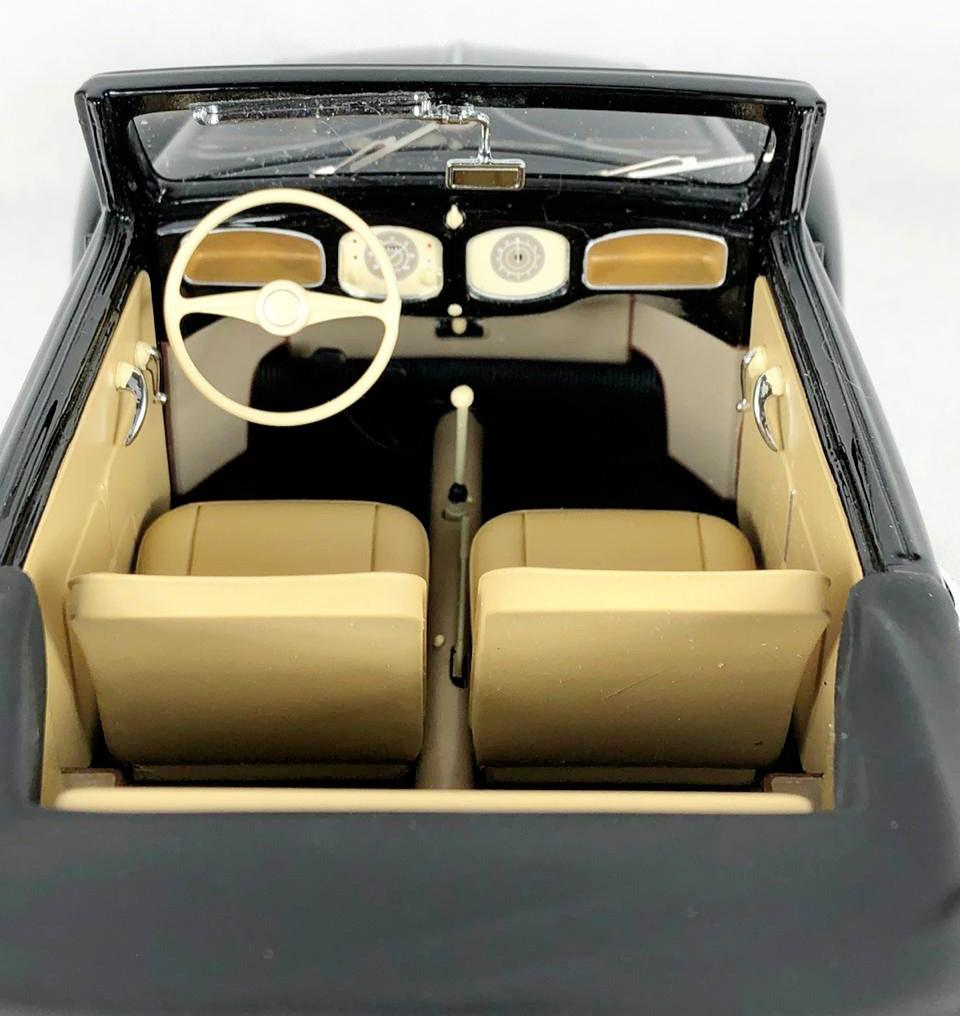 Miniatura Volkswagen Fusca Conversivel 1949 1/18 Minichamps