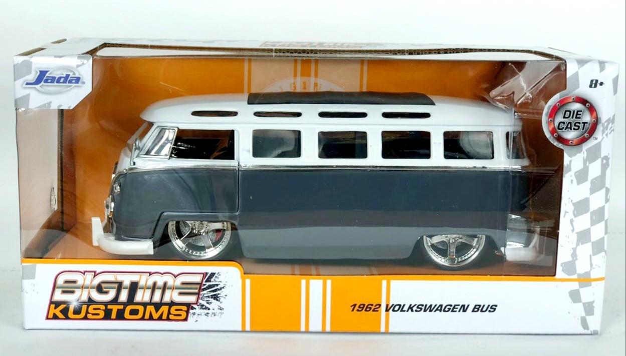 Miniatura Volkswagen Kombi 1962 Cinza Big Time 1/24 Jada Toys