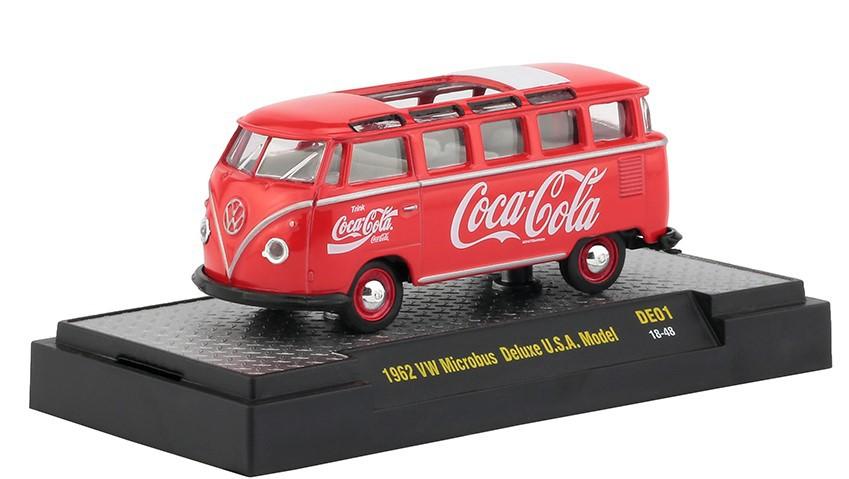 Miniatura Volkswagen Kombi 1962 USA Model Coca Cola 1/64 M2