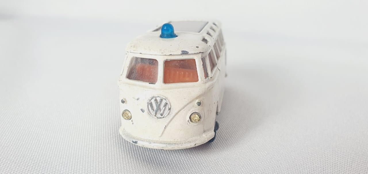 Miniatura Volkswagen Kombi Road Master 1/59 1/64 Impy Toys