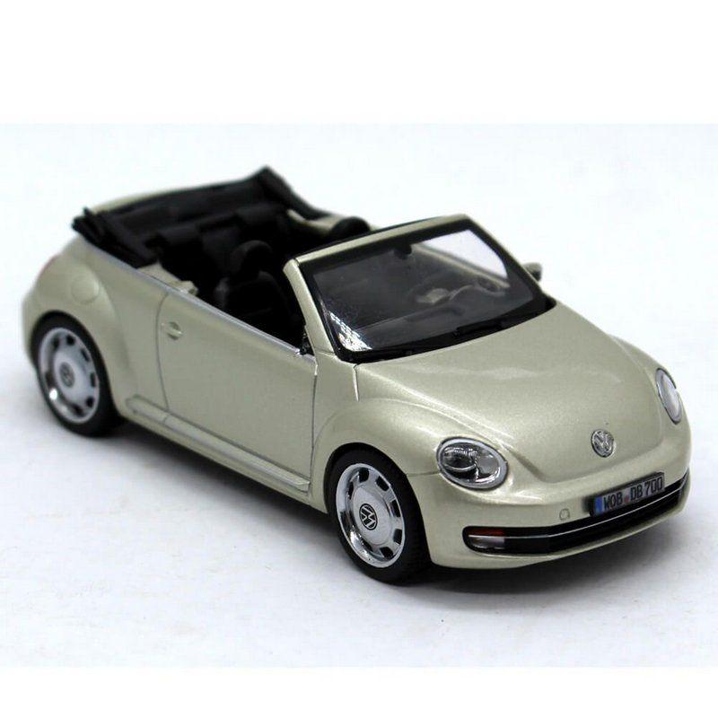 Miniatura Volkswagen Novo Fusca Cabriolet 2012 1/43 Schuco