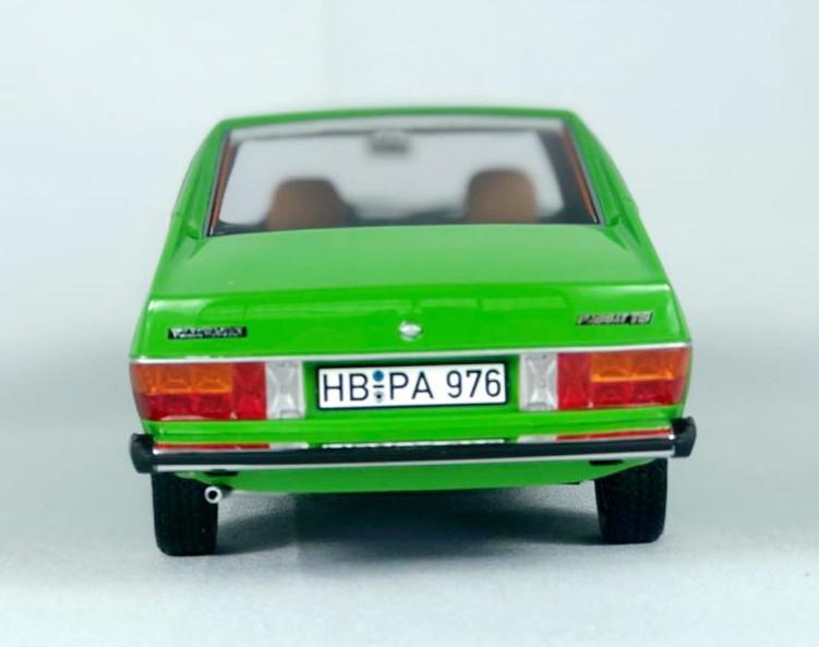 Miniatura Volkswagen Passat TS 1/18 Bos Best of Show