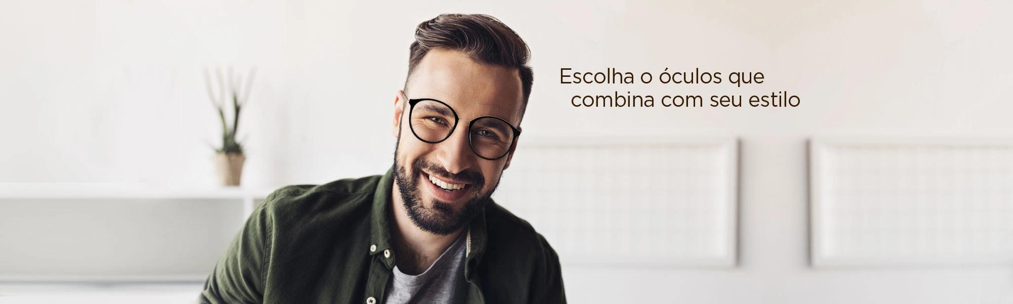 Homem óculos redondo