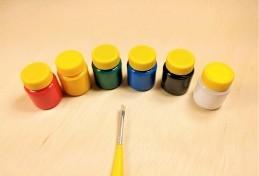 Kit de 6 cores guache Acrilex + 1 pincel, para complementar alguns brinquedos.