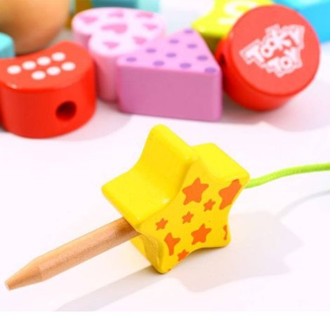 Blocos de Laço - Lagarta (Números e Formas), de madeira, da Tooky Toy - Cód. TY875