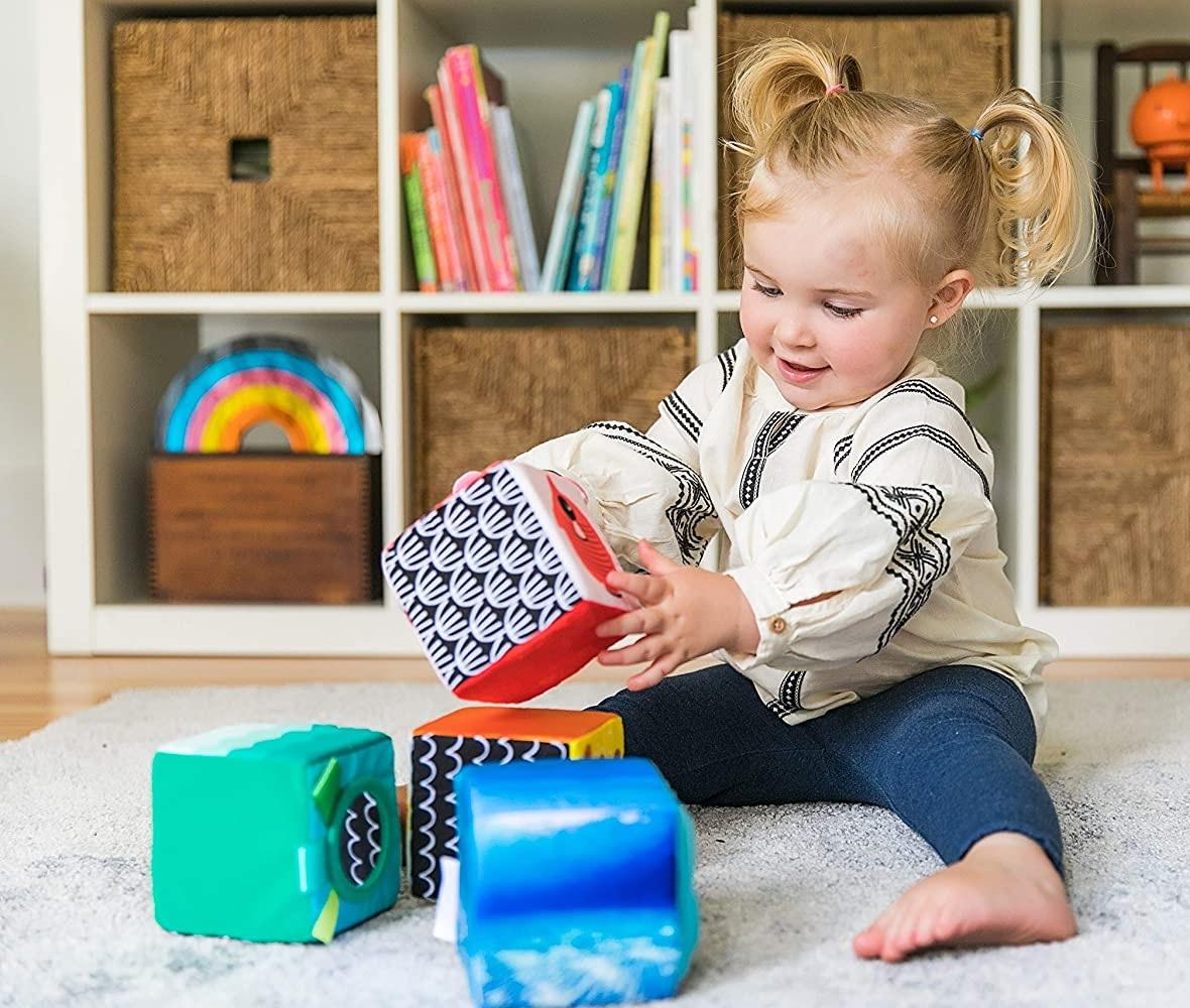 Blocos Soft Explore Discover, Cubos de Tecido, da Baby Einstein - Cód. 90629