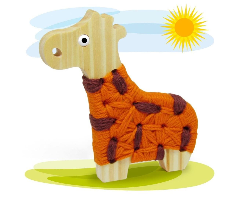 Brinquedo de madeira Alinhavo Girafa Filó, da Pachu - Cód. P-09