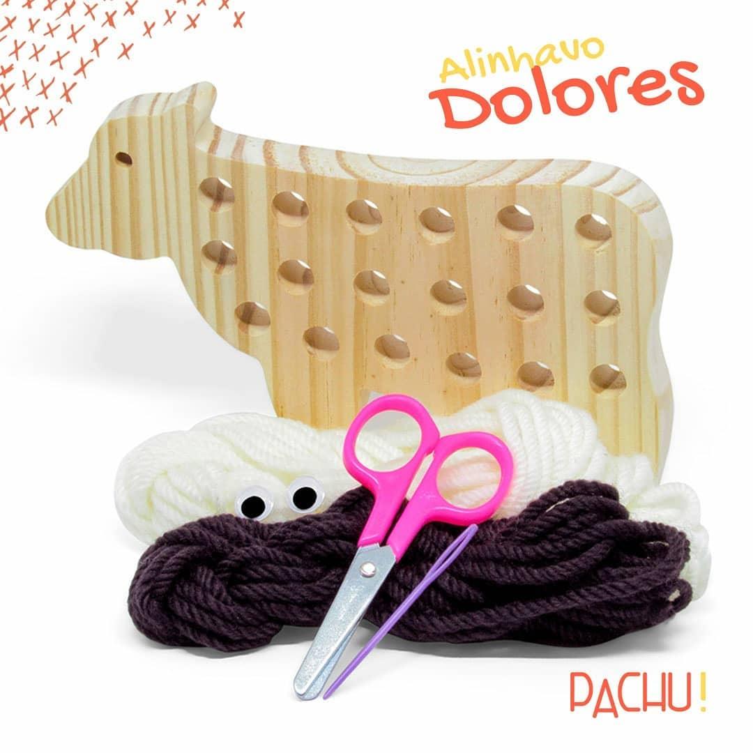 Brinquedo de madeira Alinhavo Vaca Dolores, da Pachu - Cód. P-03