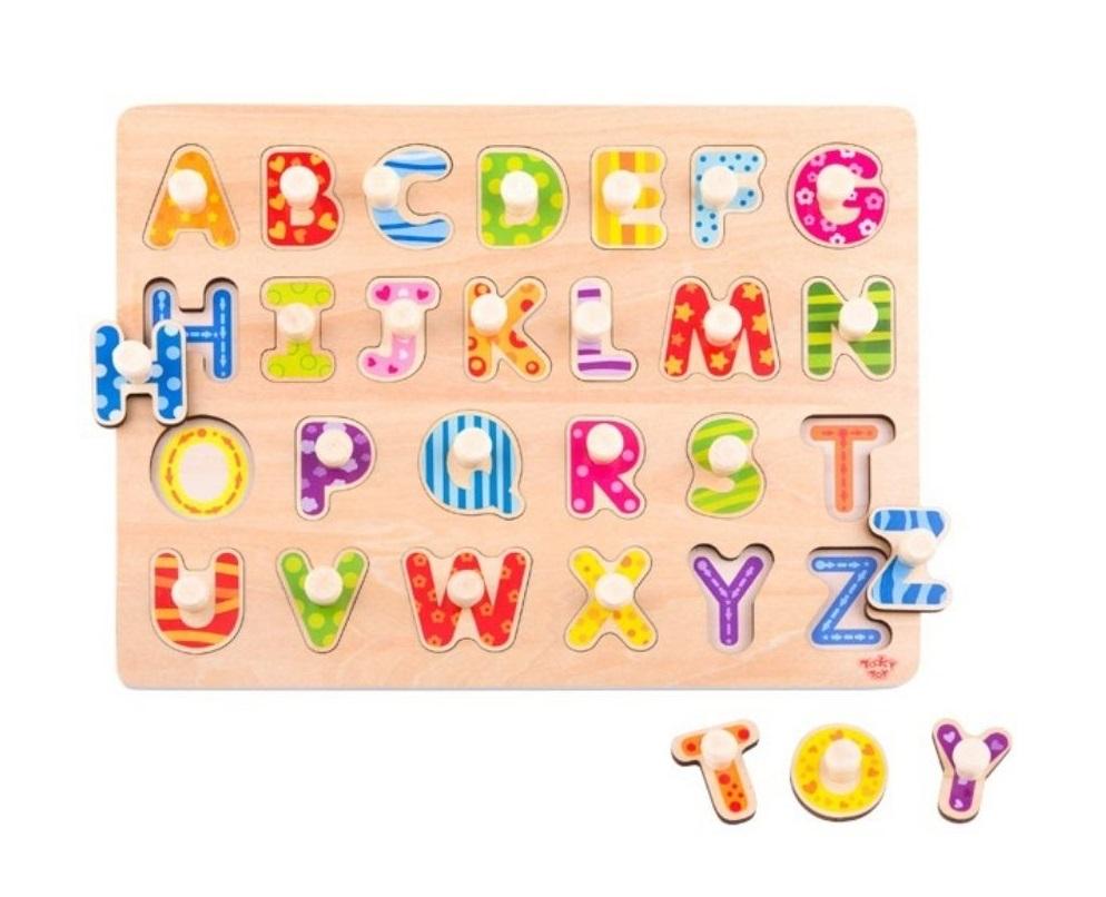 Encaixe Alfabeto com Pinos, de Madeira, da Tooky Toy - Cód. TY852