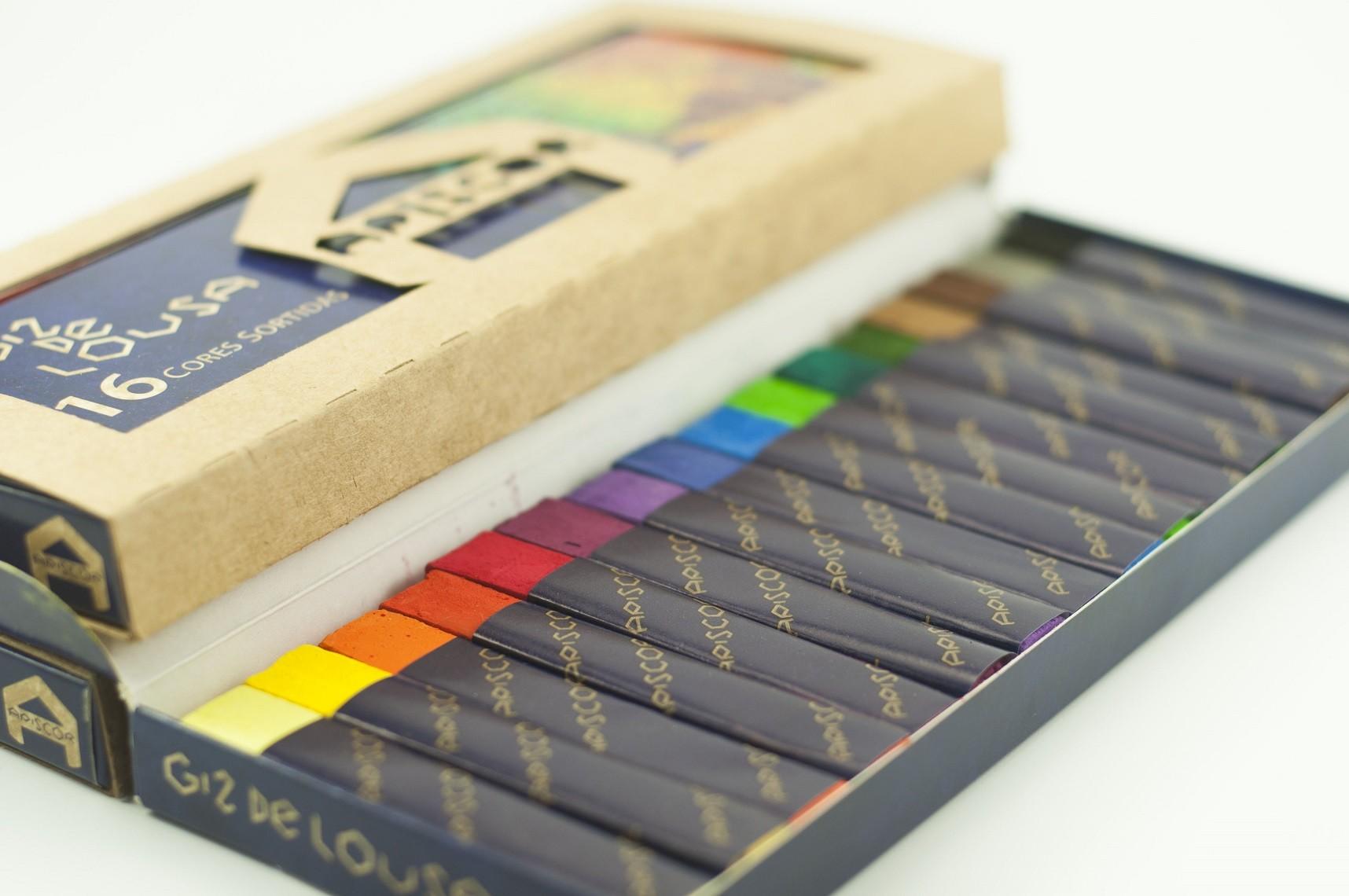 Giz de Lousa - Caixa com 16 cores sortidas, da Apiscor - Cód. AGL16S