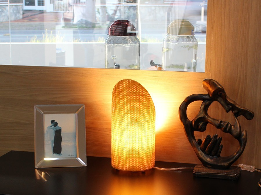 Luminária de Mesa Oblique Natural