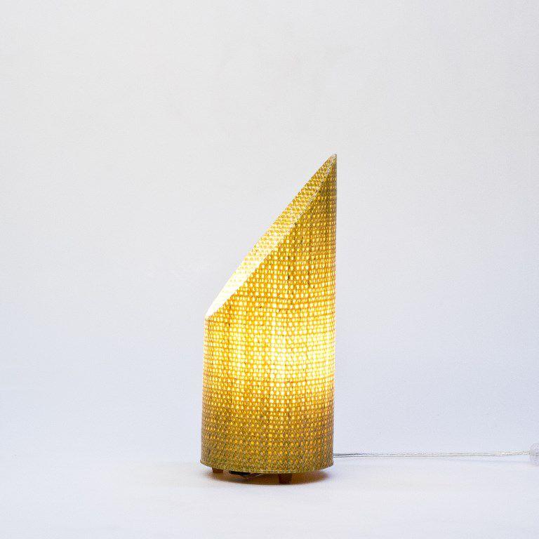 Luminária de mesa Petit Oblique Natural