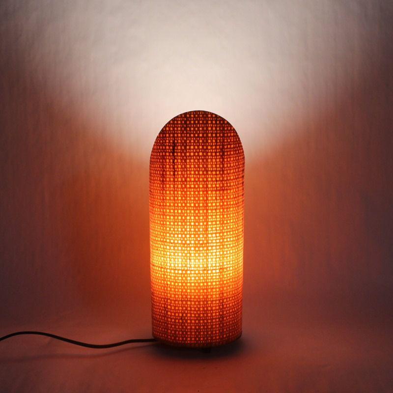 Luminária de Mesa Petit Oblique Papaya