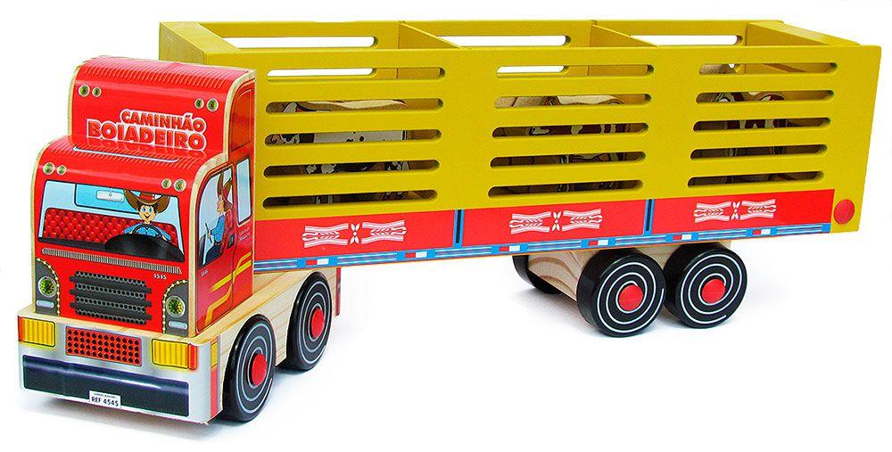 Caminhão Boiadeiro em Madeira - Carimbras