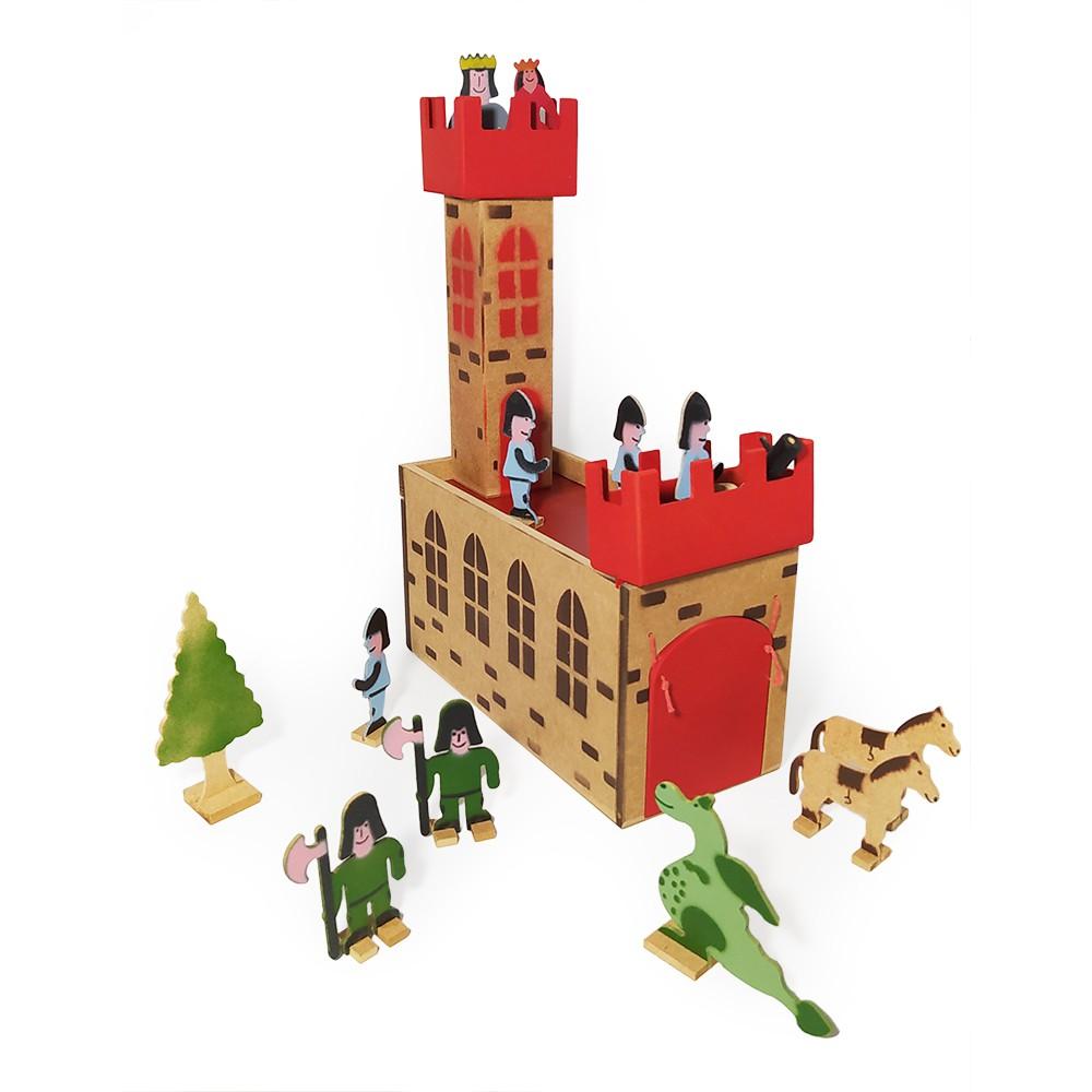 Castelo Medieval Em Madeira Com Bonecos E Acessórios