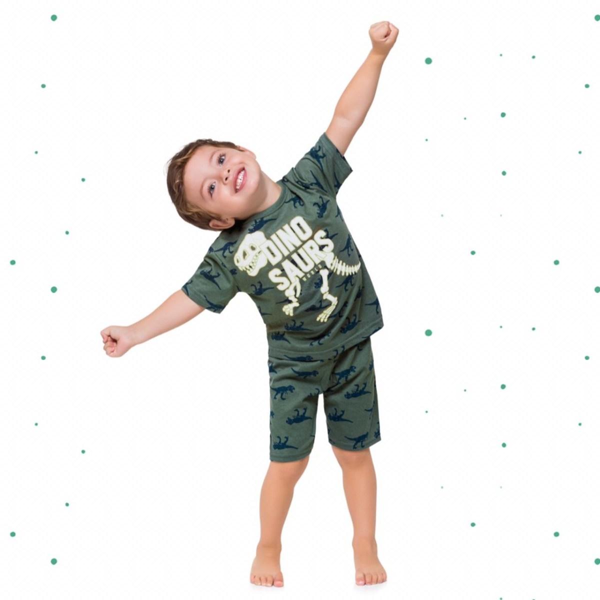 Pijama Menino Kyly Camiseta e Short em Algodão Brilha no Escuro