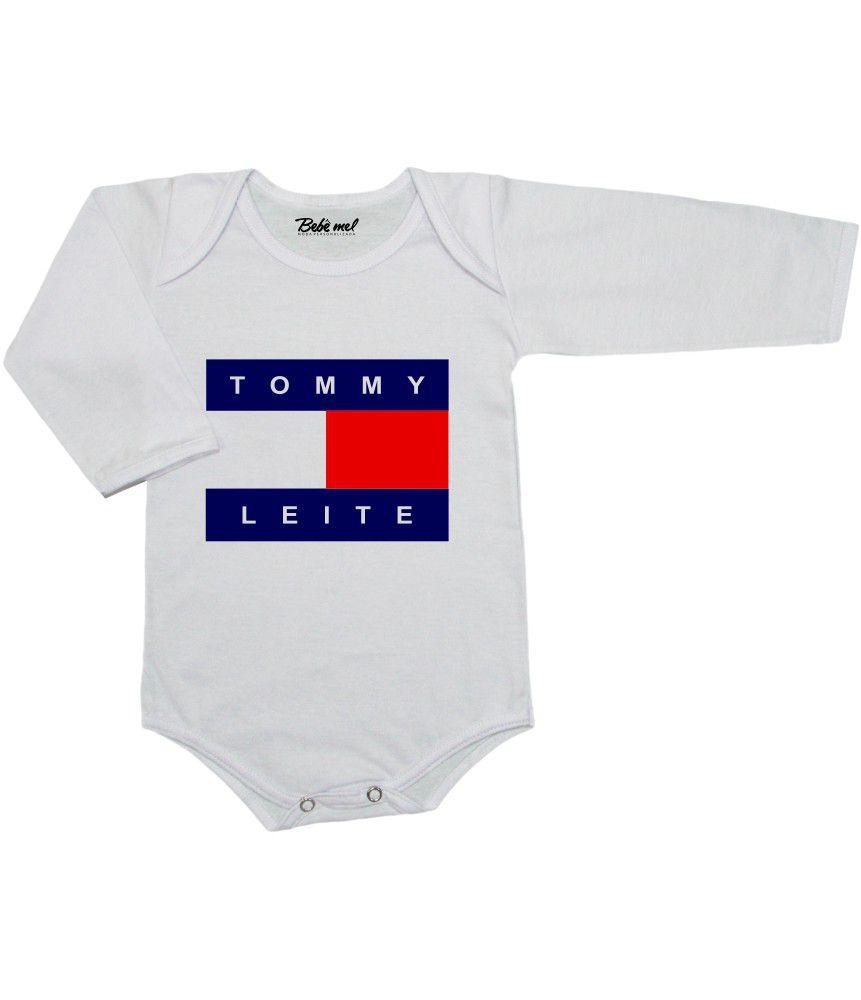 Conjunto Bebê Body Calça e Tênis Tommy Leite