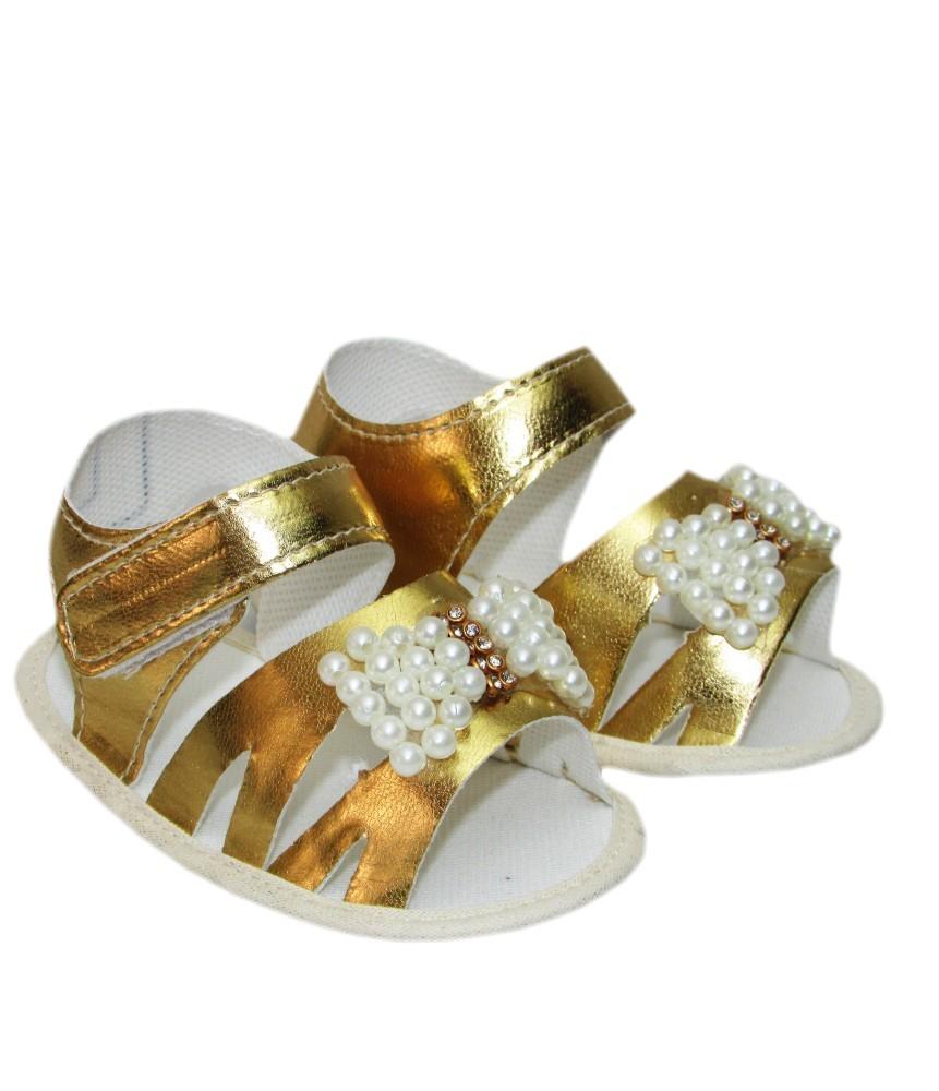 Sandália Dourada Bebê Laço Pérolas